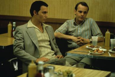 still-of-johnny-depp-and-zeljko-ivanek-in-donnie-brasco-(1997)